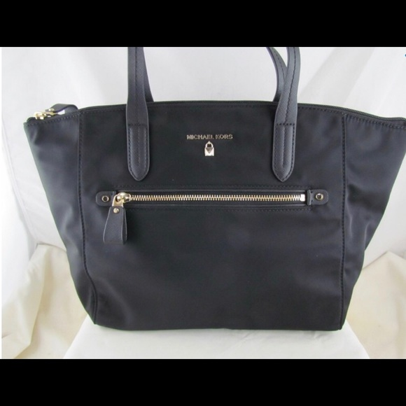 cc5636ae98cb Michael Kors Kelsey Nylon Medium Top Zip Tote